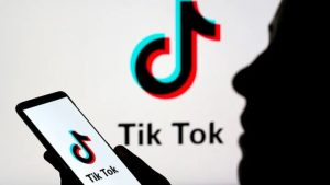how to remove and block tiktok followers and avoid bad comments?